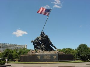 US Marine Corps War Memorial (Iwo Jima Monument)